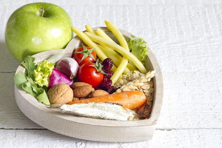 Thiết lập thực đơn ăn uống lành mạnh hỗ trợ điều trị bệnh gút